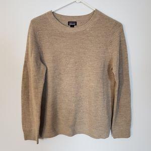 100% Merino Wool Patagonia Sweater Small
